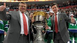 Вряд ли Игорь ЗАХАРКИН откажется опять работать в паре с Вячеславом БЫКОВЫМ. Возможно, звездный тандем вновь смог бы привезти в Уфу Кубок Гагарина.