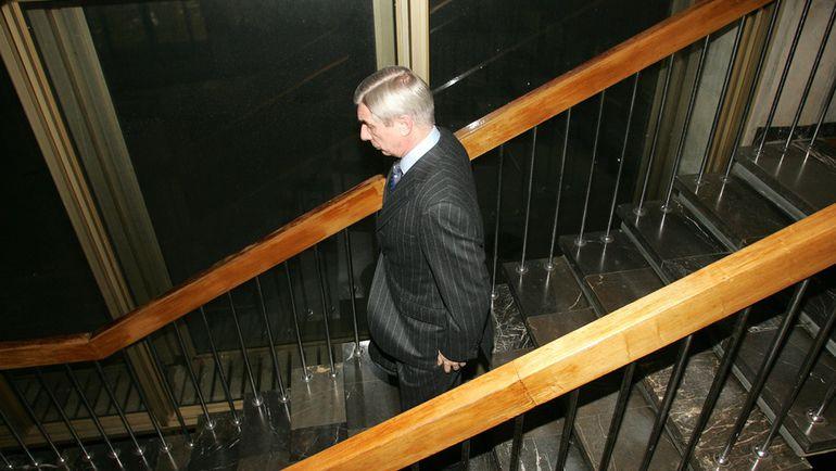 Георгий ЯРЦЕВ: вниз по лестнице, ведущей из РФС. Фото Алексей ИВАНОВ, «СЭ»