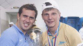 Александр КЕРЖАКОВ и Андрей АРШАВИН с чемпионским кубком РФПЛ.