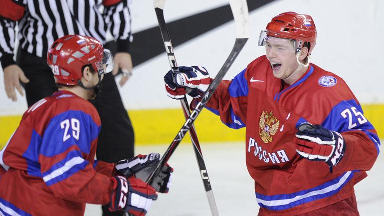 Никита НЕСТЕРОВ и Евгений КУЗНЕЦОВ в молодежной сборной России. Фото Reuters