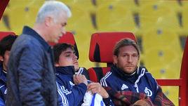 Май 2012 года. Андрей ВОРОНИН (справа) - на скамейке, Сергей СИЛКИН - на бровке.