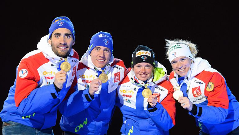 Смешанная эстафета не просто прижилась в биатлоне, а вошла в программу чемпионатов мира и Олимпийских игр. Фото AFP