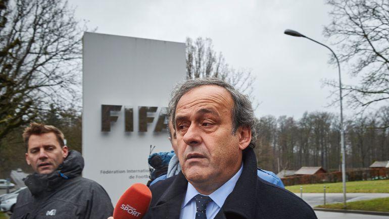 Мишель ПЛАТИНИ будет присутствовать на матчах Euro-2016, несмотря на отстранение от футбольной деятельности из-за обвинений в коррупции. Фото AFP