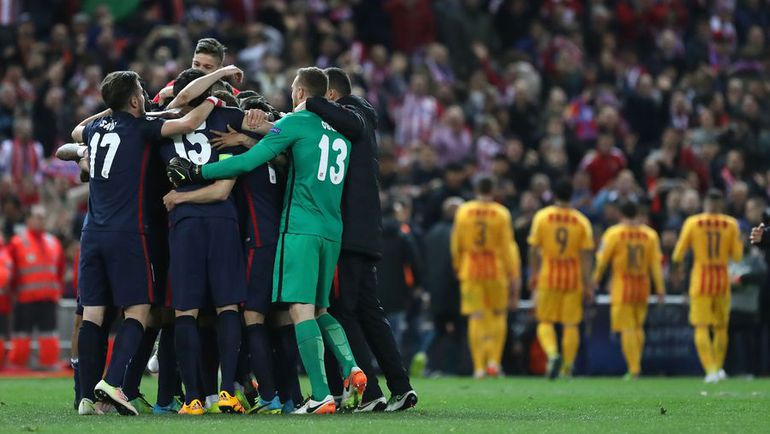 """Среда. Мадрид. """"Атлетико"""" – """"Барселона"""" – 2:0. Игроки """"Атлетико"""" празднуют победу."""
