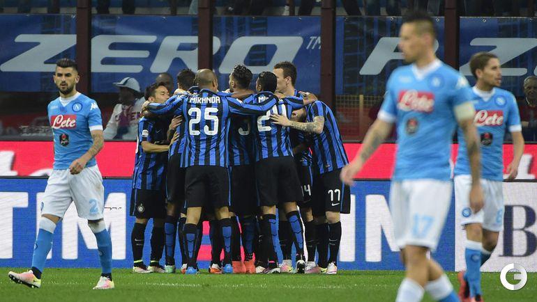 "Суббота. Милан. ""Интер"" – ""Наполи"" – 2:0. Игроки ""Интера"" празднуют гол."