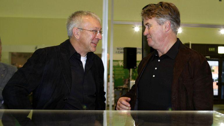 Юрий БЕЛОУС (слева) и Гус ХИДДИНК. Фото Александр ФЕДОРОВ, «СЭ»