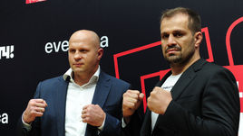 Сегодня. Москва. Федор ЕМЕЛЬЯНЕНКО (слева) и Фабио МАЛЬДОНАДО.