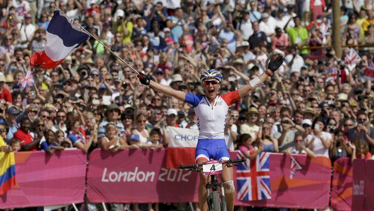 Олимпийская чемпионка 2012 Жюли БРЕССЕ. Фото REUTERS