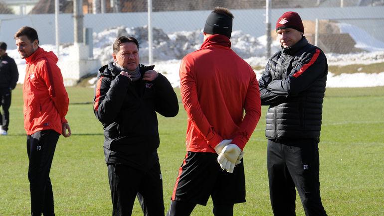 Дмитрий АЛЕНИЧЕВ, Артем РЕБРОВ и Егор ТИТОВ. Фото Алексей ИВАНОВ, «СЭ»