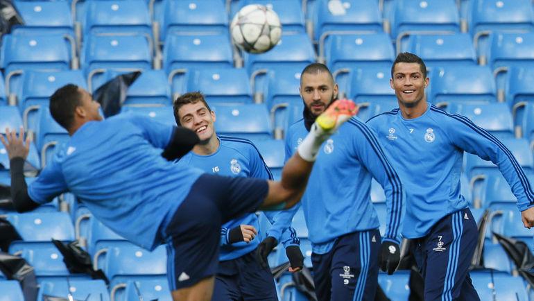 """Понедельник. Манчестер. """"Реал"""" знакомится с """"Этихад"""". Фото Reuters"""