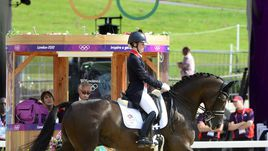 Дюжарден принесла Великобритании 23-ю золотую медаль