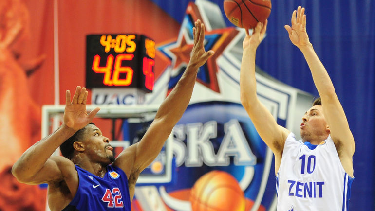Лучший баскетболист апреля Райан ТУЛСОН (№ 10). Фото Никита УСПЕНСКИЙ, «СЭ»