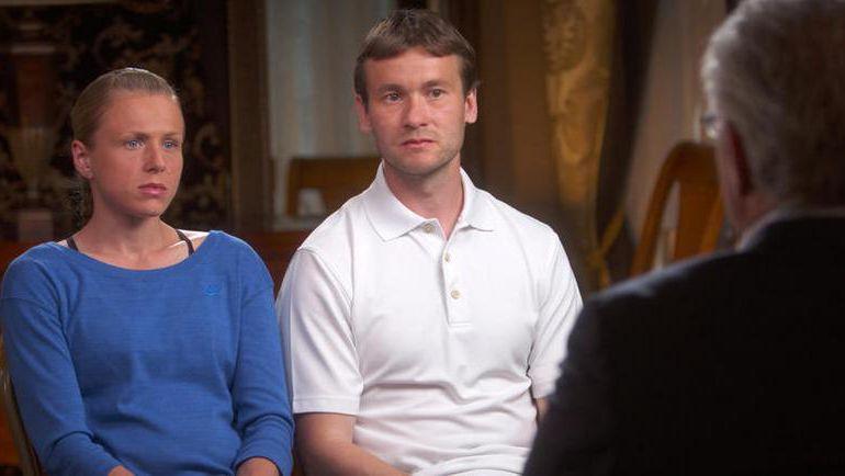 Юлия и Виталий СТЕПАНОВЫ. Фото CBS News