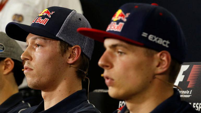 Сегодня. Барселона. Даниил КВЯТ и Макс ФЕРСТАППЕН. Фото Reuters