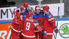 Понедельник. Москва. Россия - Норвегия - 3:0. Национальная команда празднует гол Ивана ТЕЛЕГИНА.