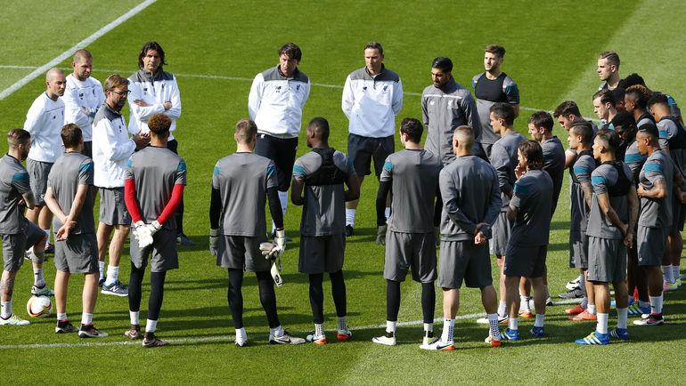 """Вчера. Базель. Тренировка """"Ливерпуля"""". Фото Reuters"""