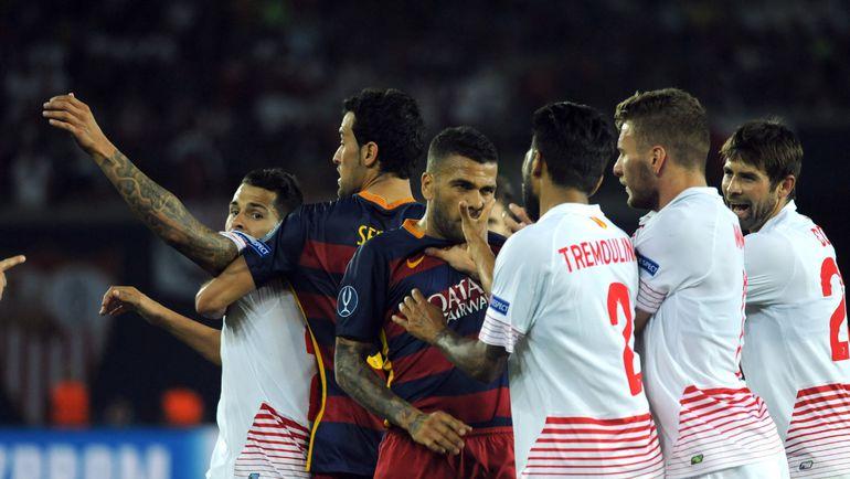 """В нынешнем сезоне """"Севилья"""" уже обыгрывала """"Барселону"""" в первом круге чемпионата. Правда, перед этим проиграв Суперкубок Европы. Фото AFP"""