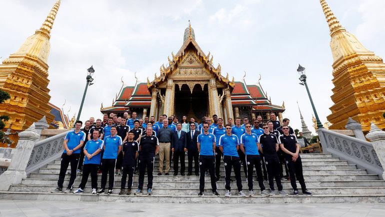 """Сегодня. Бангкок. """"Лестер"""" в Храме Изумрудного Будды."""
