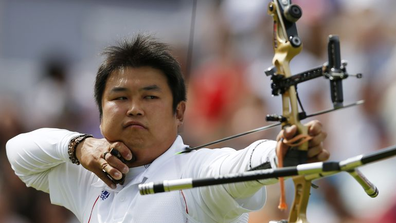 Сегодня. Лондон. Олимпийский чемпион в стрельбе из лука О ДЖИ ХЕК. Фото REUTERS