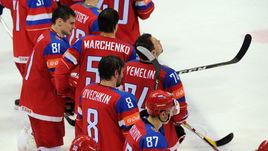 Сегодня. Москва. Финляндия - Россия - 3:1. Александр ОВЕЧКИН (№8) и партнеры после финальной сирены.