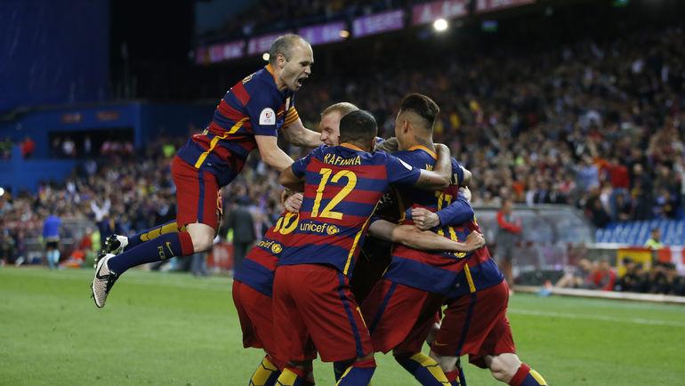 """Сегодня. Мадрид. """"Барселона"""" - """"Севилья"""" - 2:0. Каталонцы празднуют первый гол. Фото Reuters"""