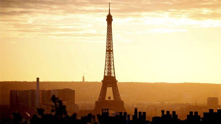 Эйфелева башня. Фото Reuters