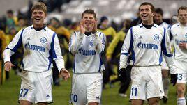 Андрей АРШАВИН (№10), Игорь ДЕНИСОВ (№27) и Александр КЕРЖАКОВ.