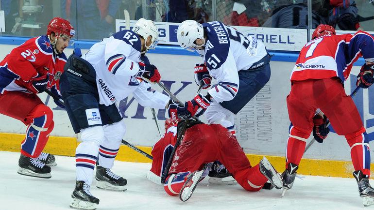 В то время как весь мир еще продолжает наслаждаться хоккеем, в России игроки уже давно в отпуске. Фото Алексей ИВАНОВ, «СЭ»