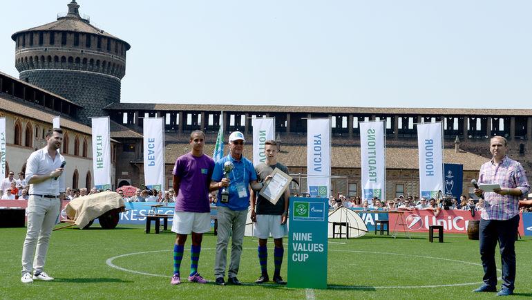"""27-28 мая в Милане состоялся четвертый международный детский форум """"Футбол для дружбы""""."""