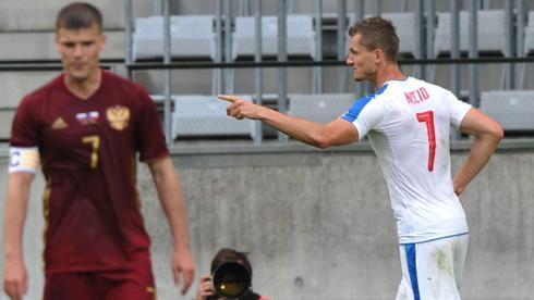 7,0 - Нециду за победный гол.  5,0 - Нойштедтеру за дебют