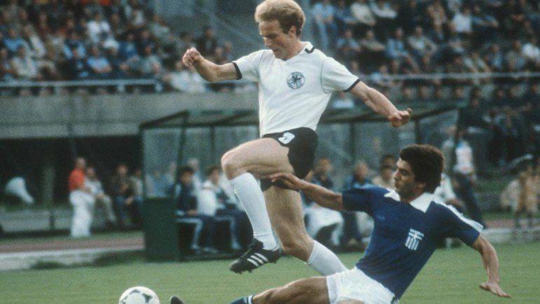 1980 год. Греция - Германия. Фото AFP