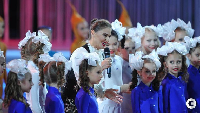 """Сегодня. Москва. VIII Благотворительный фестиваль художественной гимнастики """"АЛИНА-2016"""". АЛИНА КАБАЕВА."""