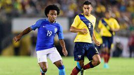 Бразилию без Халка спасают судьи. Колумбия едва не потеряла Хамеса