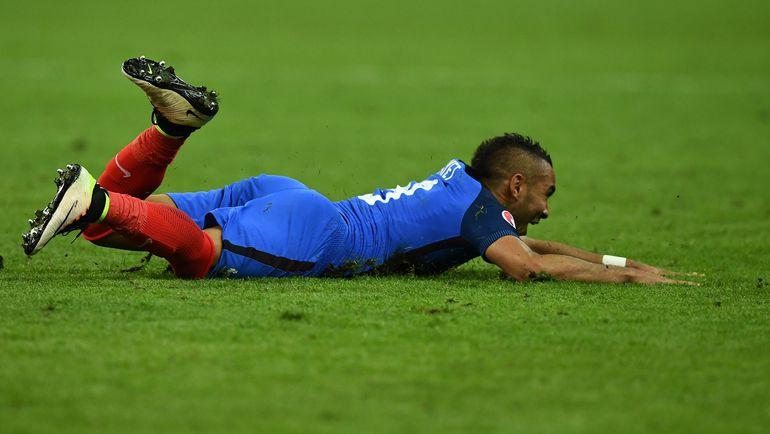 Сегодня. Сен-Дени. Франция - Румыния - 2:1. 89-я минута. Радость Димитри ПАЙЕТА. Фото AFP