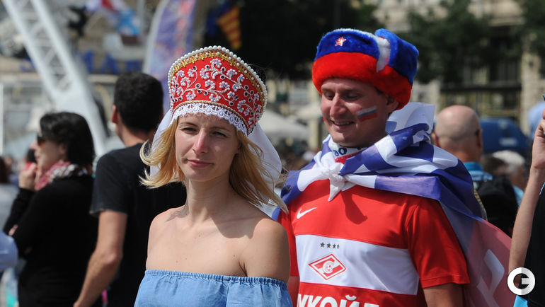 Сегодня. Марсель. Болельщики сборной России.
