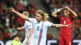 Вторник. Сент-Этьен. Португалия – Исландия – 1:1. 50-я минута. Ликование Биркира БЬЯДНАСОНА.
