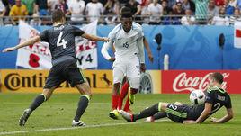 Сегодня. Ланс. Англия - Уэльс - 2:1. 90+2-я минута. Дэниэл СТАРРИДЖ проводит победный гол.