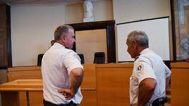 Четверг. Марсель. Французский суд приговорил трех россиян к тюремным срокам за участие в беспорядках в день матча Euro-2016 Англия - Россия.