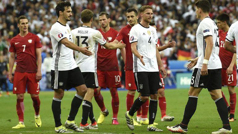 Ничья Германии и Польши оставила Украину за бортом турнира. Фото AFP