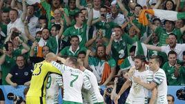 Вчера. Лилль. Италия - Ирландия - 0:1. Ирландцы ликуют: они в плей-офф!