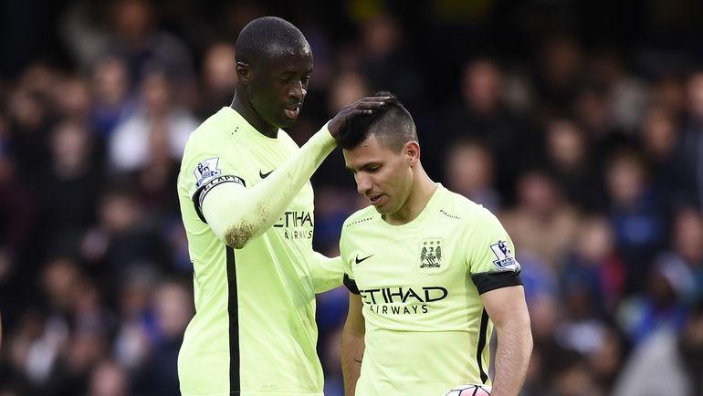 Теперь британским клубам будет сложнее покупать таких звезд, как Яя ТУРЕ и Серхио АГУЭРО. Фото Reuters
