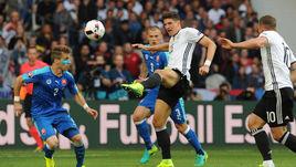 Сегодня. Лилль. Германия - Словакия - 3:0. В игре Марио ГОМЕС.