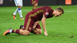 15 июня. Лилль. Россия - Словакия - 1:2. Травма Олега ШАТОВА.