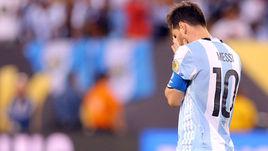 Воскресенье. Нью-Джерси. Аргентина - Чили - 0:0, пен. - 2:4. Лионель МЕССИ проиграл третий финал подряд.