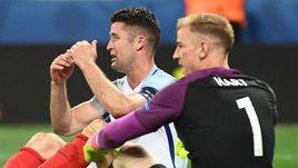 27 июня. Ницца. Англия - Исландия - 1:2. Шок Гэри КЭЙХИЛЛА и Джо ХАРТА.