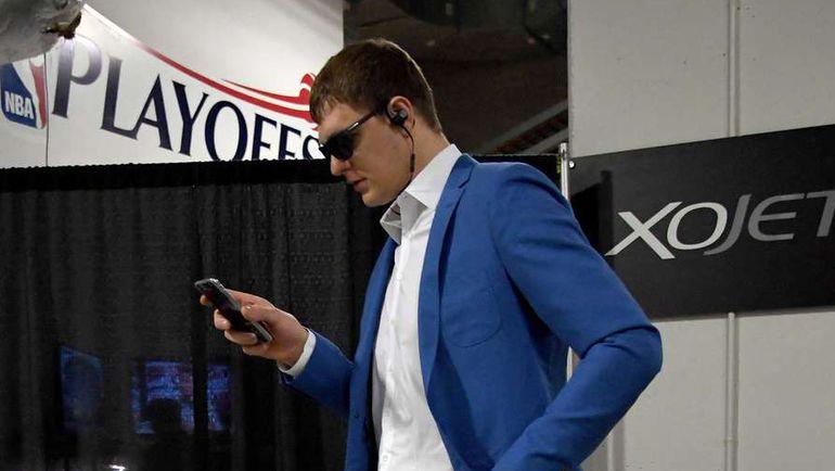 О плей-офф НБА Тимофей МОЗГОВ может забыть? Фото Reuters