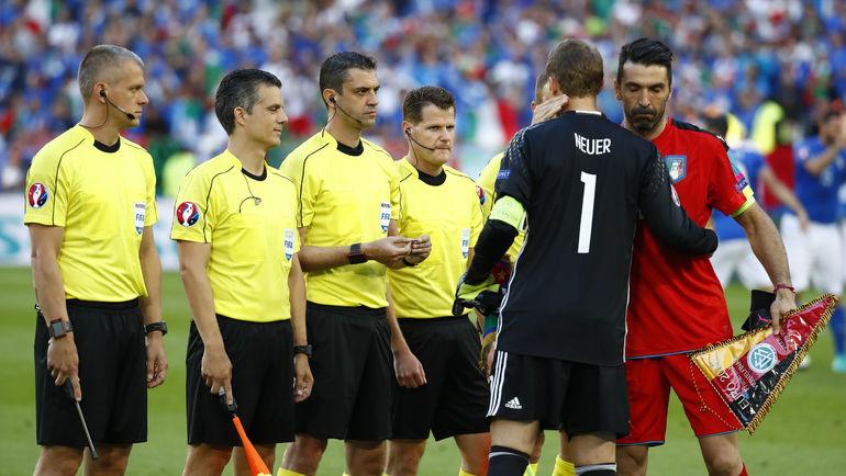 Суббота. Бордо. Германия - Италия - 1:1. Пенальти – 6:5. Мануэль НОЙЕР и Джанлуиджи БУФФОН. Фото AFP