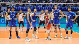 Воскресенье. Даллас. США - Россия - 3:0. Игроки сборной России ожидают результата видеоповтора.