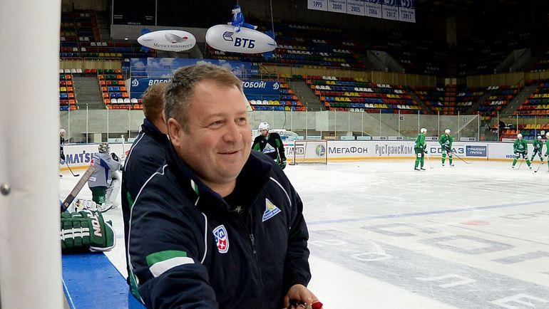 С сегодняшнего дня Владимир ЮРЗИНОВ снова при работе. Фото photo.khl.ru