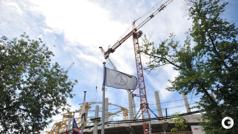 Сегодня. Москва. Строительство нового динамовского стадиона в Петровском парке.